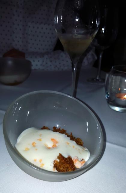 carrot cake and cream cheese espuma