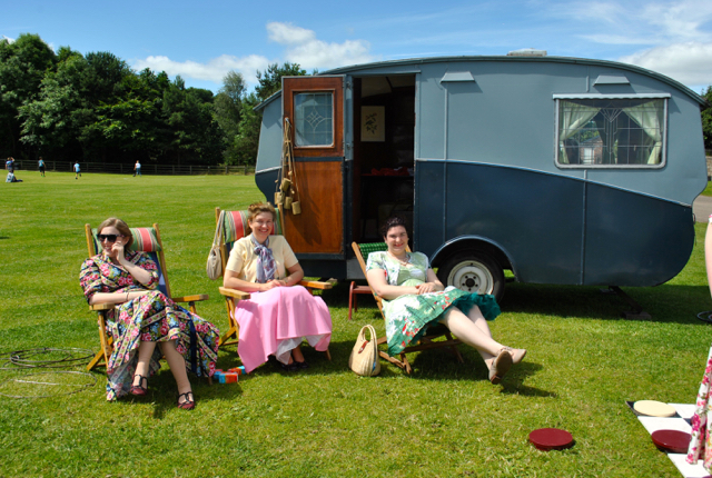 Some lovely ladies enjoying the sunshine at the festival