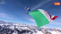 Watch: the Tricolore flies above Cortina