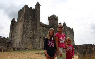 Quest to explore 'Chateau de Beynac'