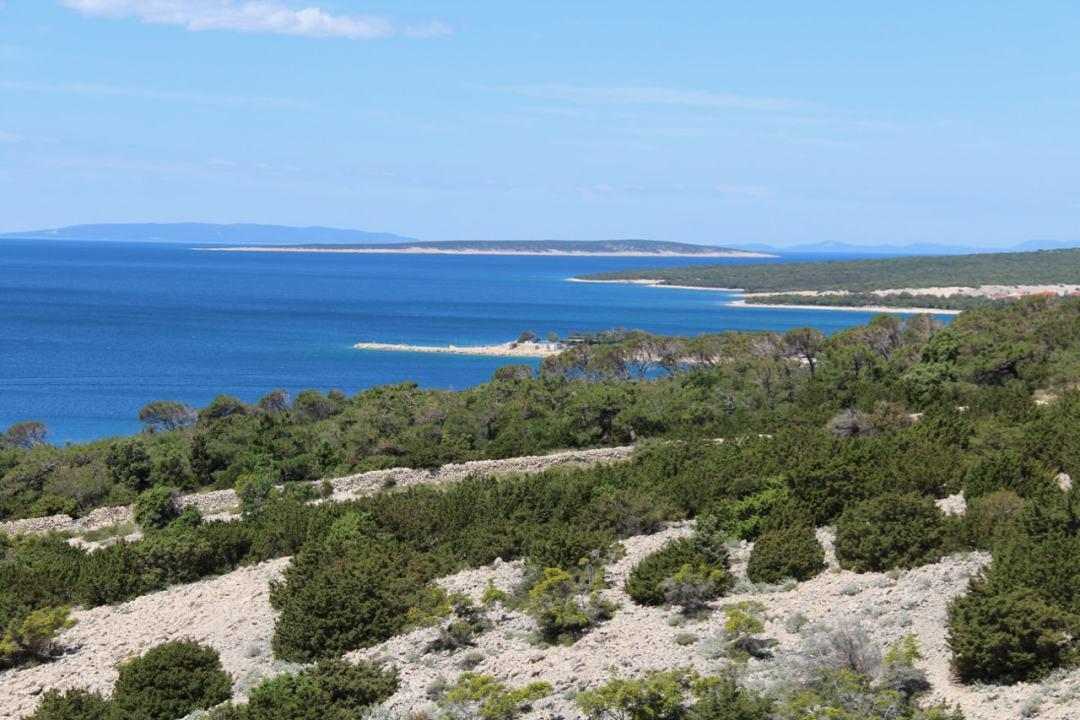 Leg 11 Croatia Simuni to Zadar - 1 (4)-min