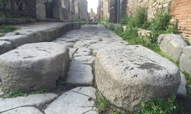 Motorhoming in Italy | Visiting the unmissable Pompei