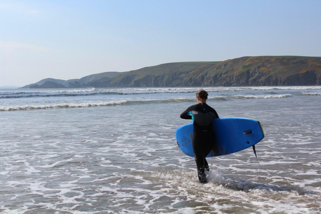 Surfing - 48-min