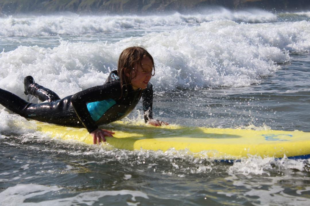 Surfing - 52-min