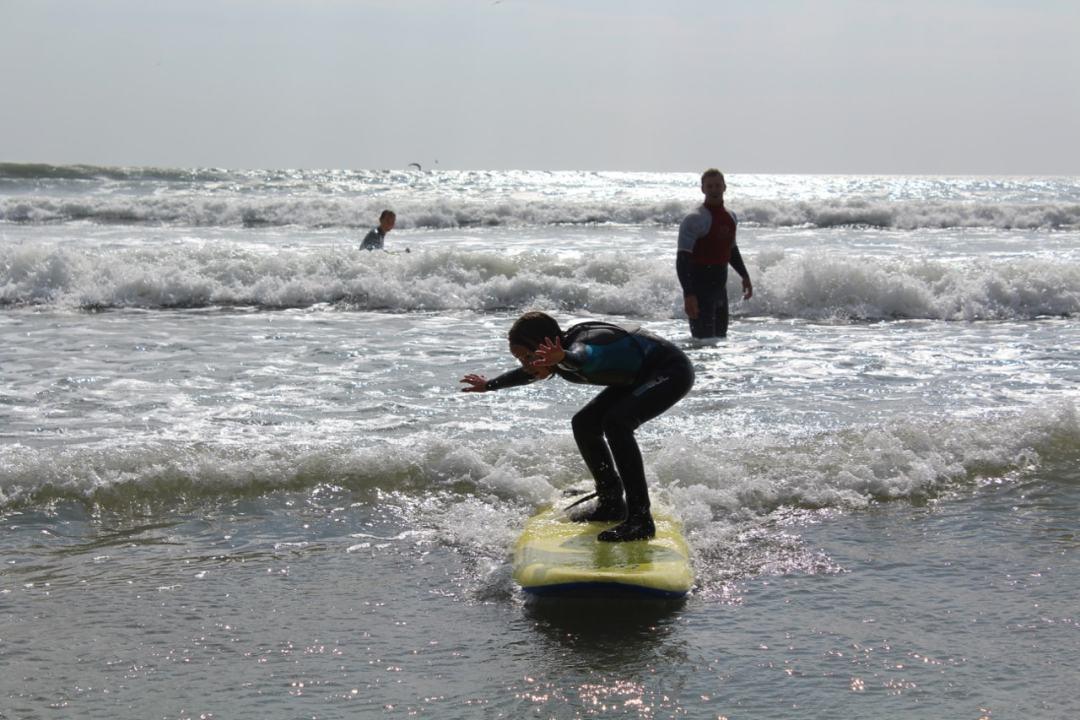 Surfing - 79-min
