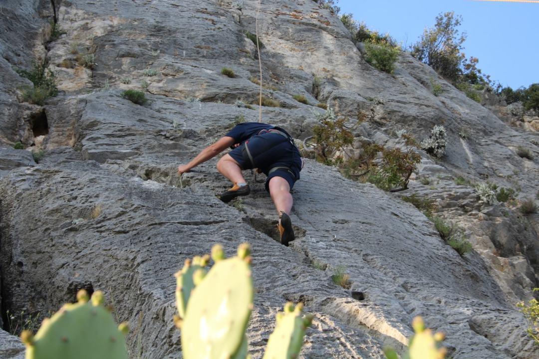 climbing - 1 (39)-min