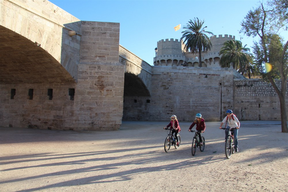 lifeinourvan - family adventure - valencia bike - 1 (4)-opt