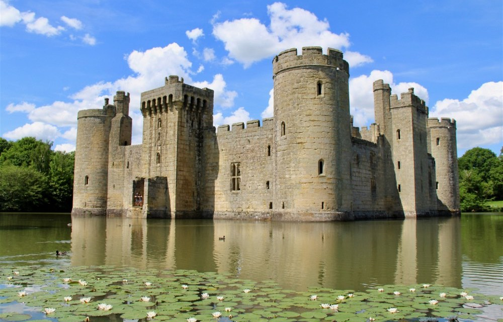 East Sussex | Picture Perfect Roadschooling at Bodiam Castle