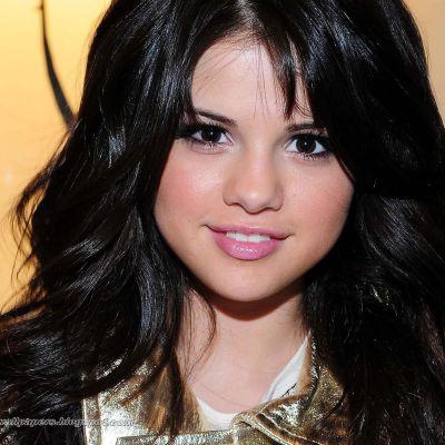 Selena Gomez Dilemma