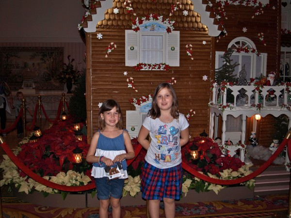 gingerbread house disney