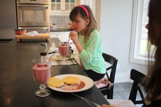 nutella raspberry smoothie drink