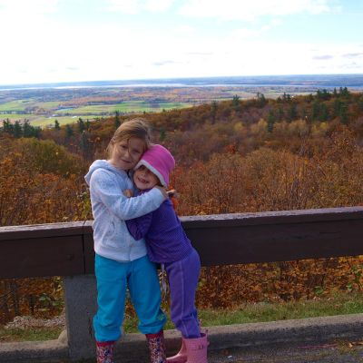 5 Best Reasons for Fall Family Travel