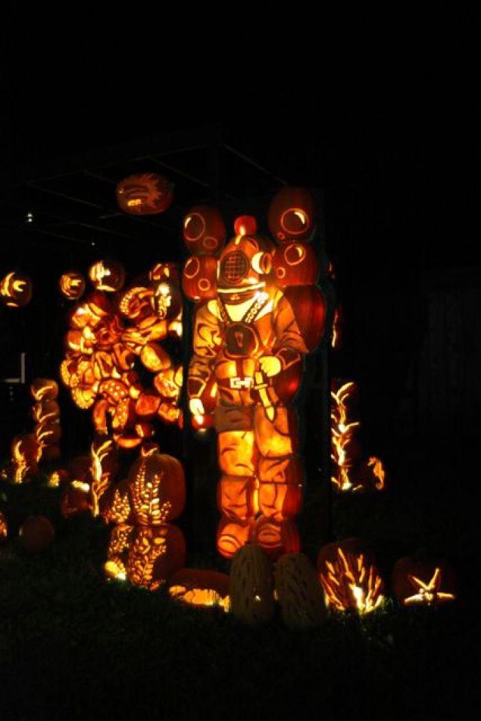 pumpkinferno in upper canada village