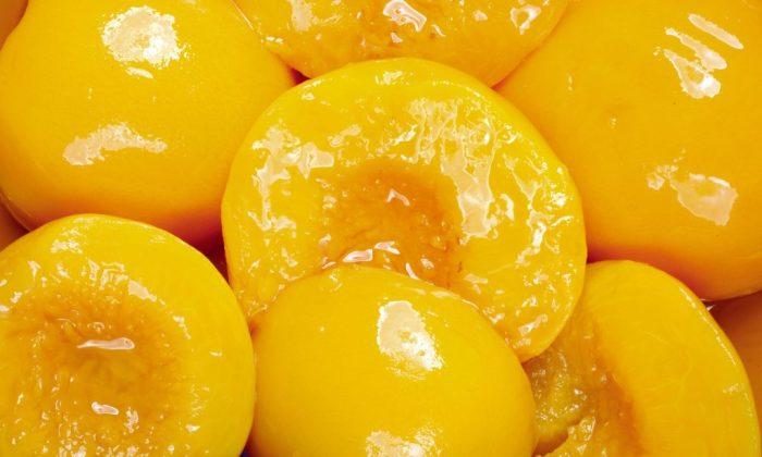 California peaches, peaches, canned peaches, cling peaches, cooking with canned peaches, health benefits of peaches, pork tenderloin, Vitamin E