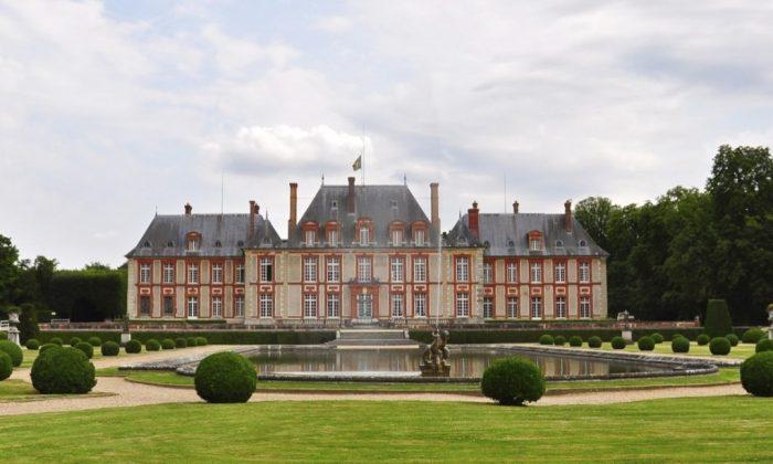 Château de Breteuil, converted train tracks, travel to Europe, Vaux le Vicomte, day trips from Paris, off the beaten patin France, France, Parc Asterix, Moret-sur-Loing, La Ferté Gaucher,