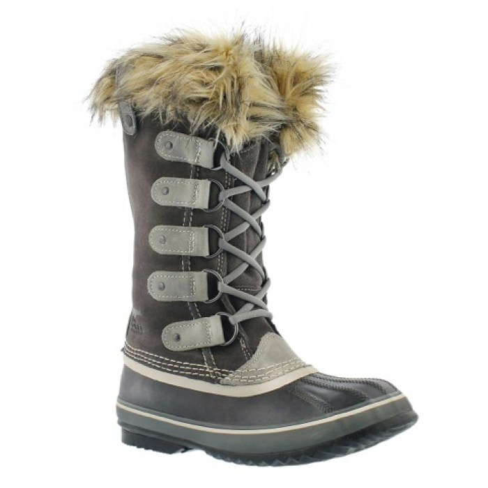 joan-of-arctic-boots