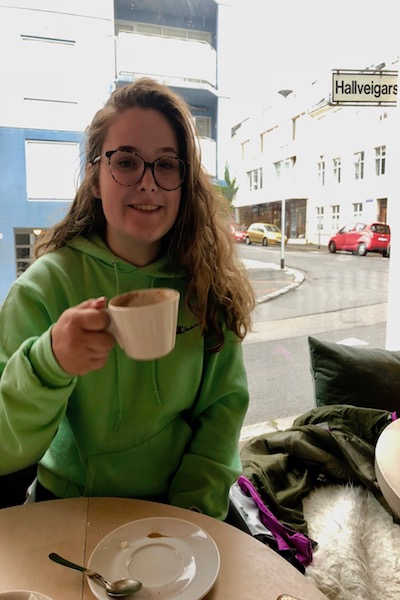 go to Iceland, where to eat, how to eat on a budget in Iceland