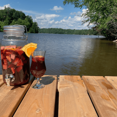 Classic Sangria – Wine, Booze, Fruit