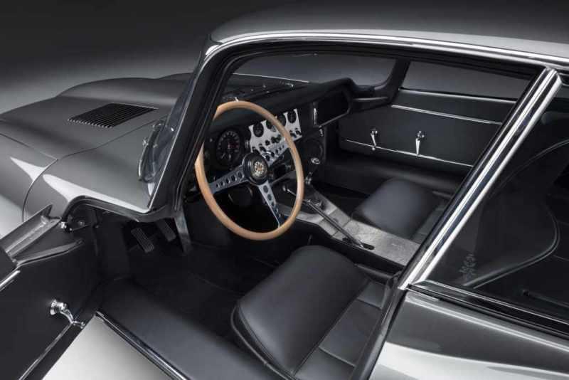 Sessant'anni dopo il debutto mondiale a Ginevra Jaguar Classic ha presentato la sua prima coppia di E-type 60 Collection, svelando i dettagli completi delle 12 auto che sono state progettate e sapientemente restaurate per celebrare questo importante anniversario della sua iconica sportiva.