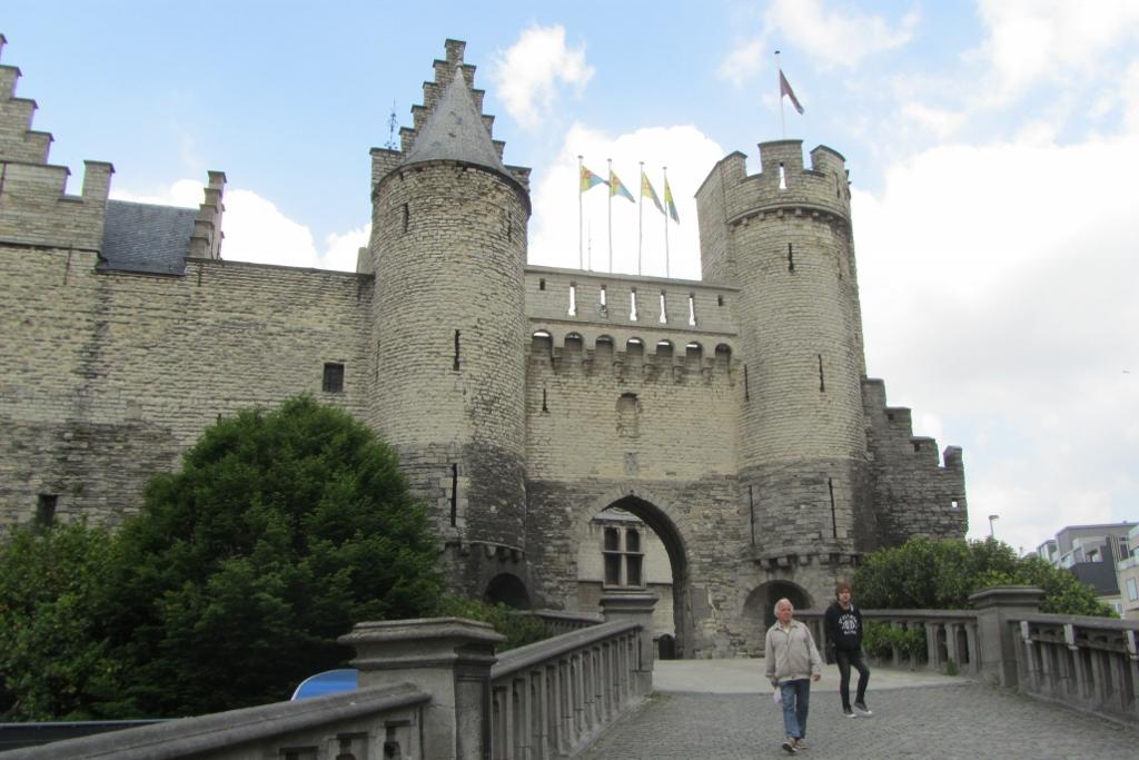 Antwerpen 4