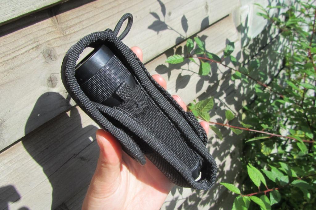 Led Lenser holster 1