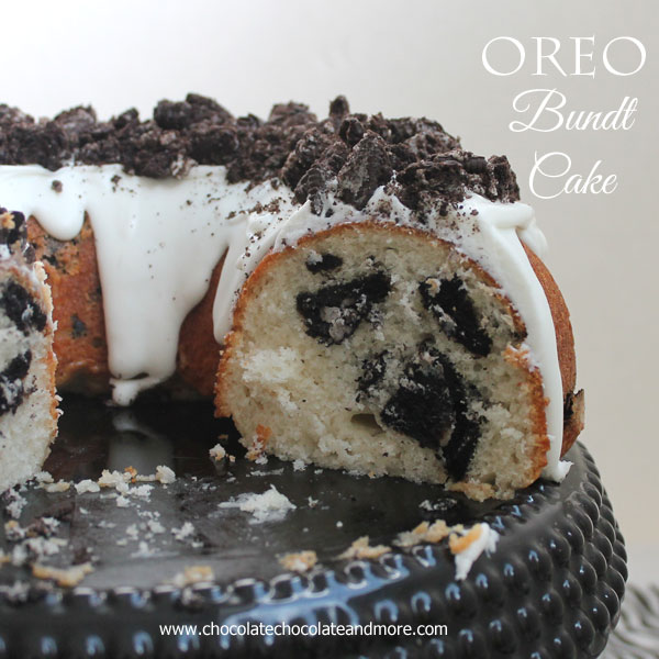Oreo-Bundt-Cake-from-ChocolateChocolateandmore-78a