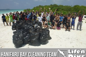 Cleaning Day @ Hanifaru Bay