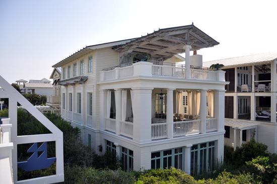 Seaside Nesbitt House by Robert A M Stern