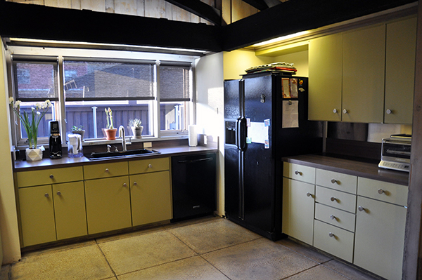 Bob Borson's Existing Kitchen view 02