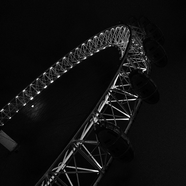 London eye black and white detail