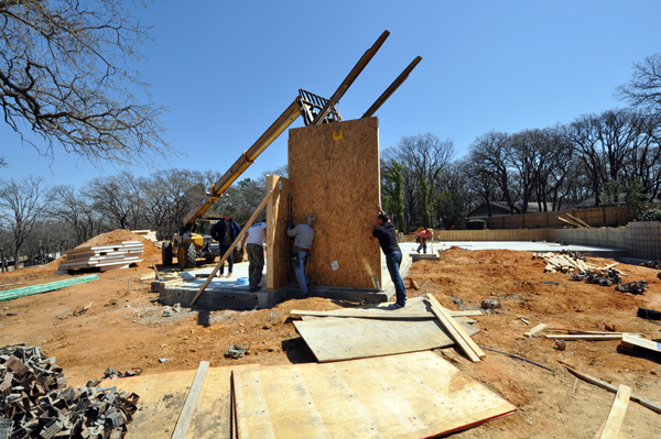 Building with Structural Insulated Panels     or SIPs | Life of an