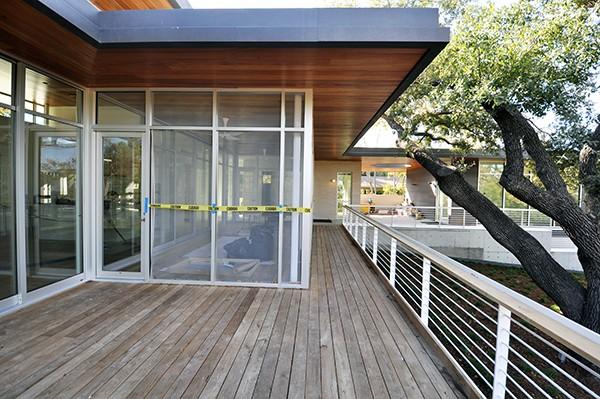 KHouse Exterior Final screen porch 01