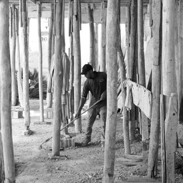 construction-methods-in-Santo-Domingo - photo by Bob Borson
