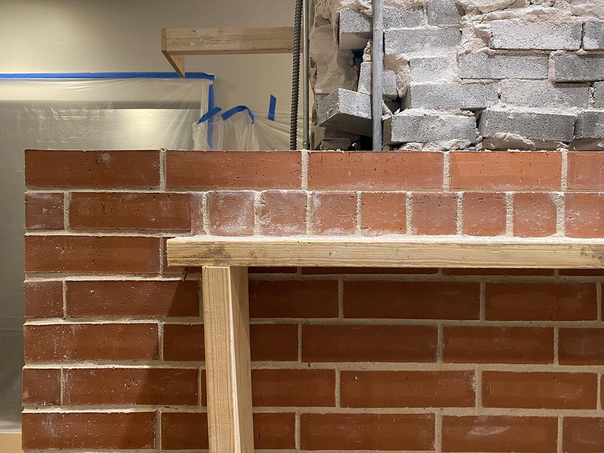 Brick mantel 02