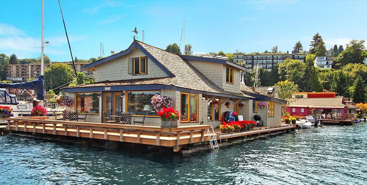 Sleepless in Seattle: The Houseboat