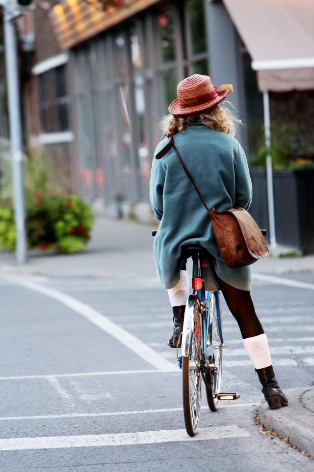 Woman Cyclist - Free Stock Photos | Life of Pix