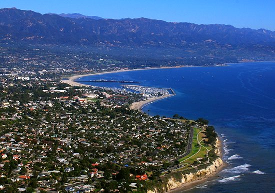Santa Barbara is the first point where you feel you're really back in the modern world again! Photo by Jw4nvc/Wikimedia