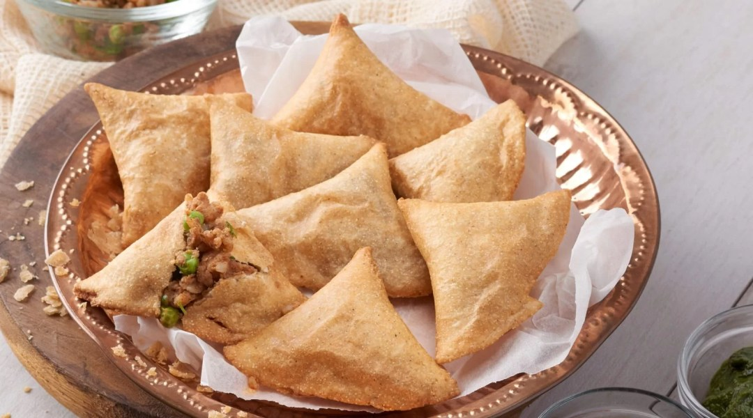 Samosa - Top Cheapest Foods In The World