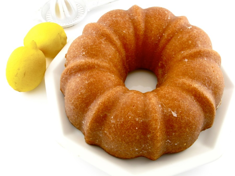 GLAZED LEMON BUNDT CAKE I