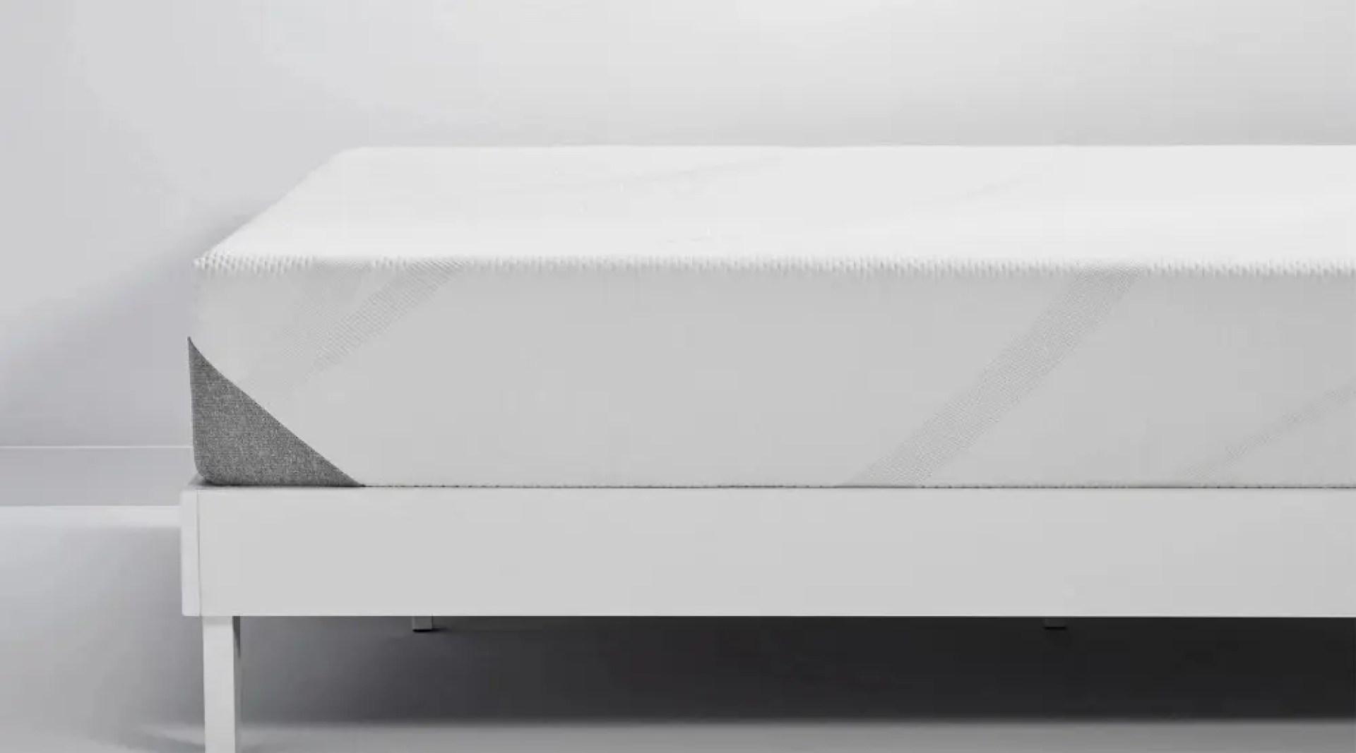 A side view of the Tempur-Cloud mattress
