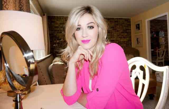 rachel barkules pink lip