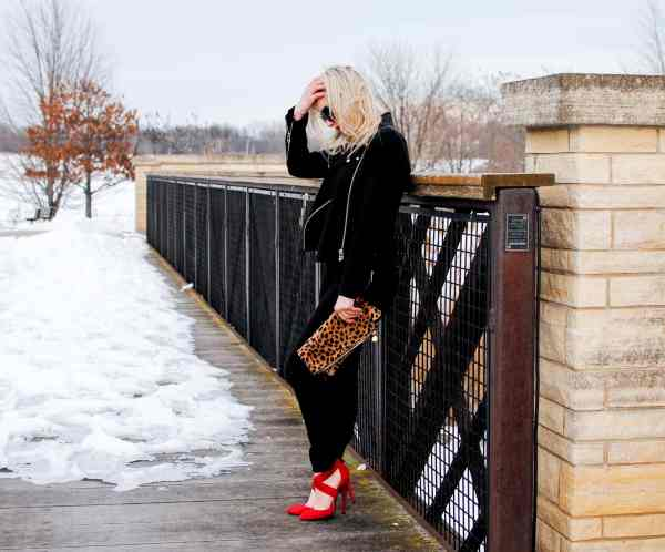 red shoes, clare v clutch