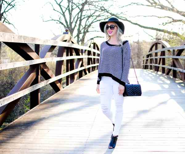 black & white spring light weight sweater