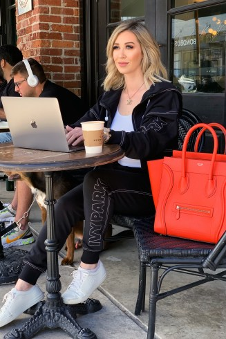 How I Juggle Working Full Time & Being a Single Mom