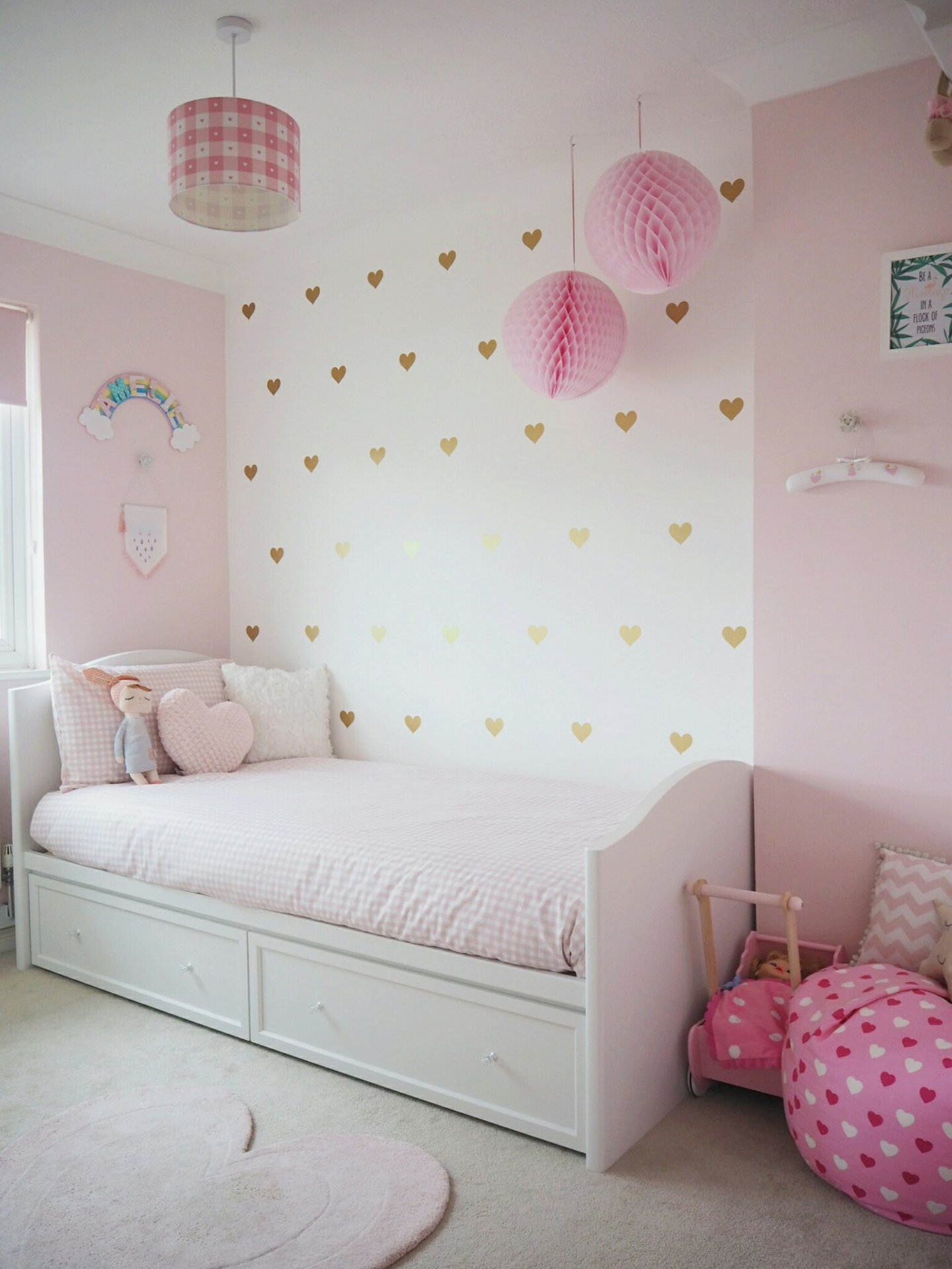 san francisco 6cf91 ef436 Amelie's Soft Pink and Gold Toddler Bedroom | Life Simply ...