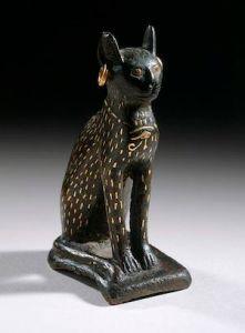 Figurine_of_the_Goddess_Bastet_as_a_Cat_LACMA_AC1992.152.51