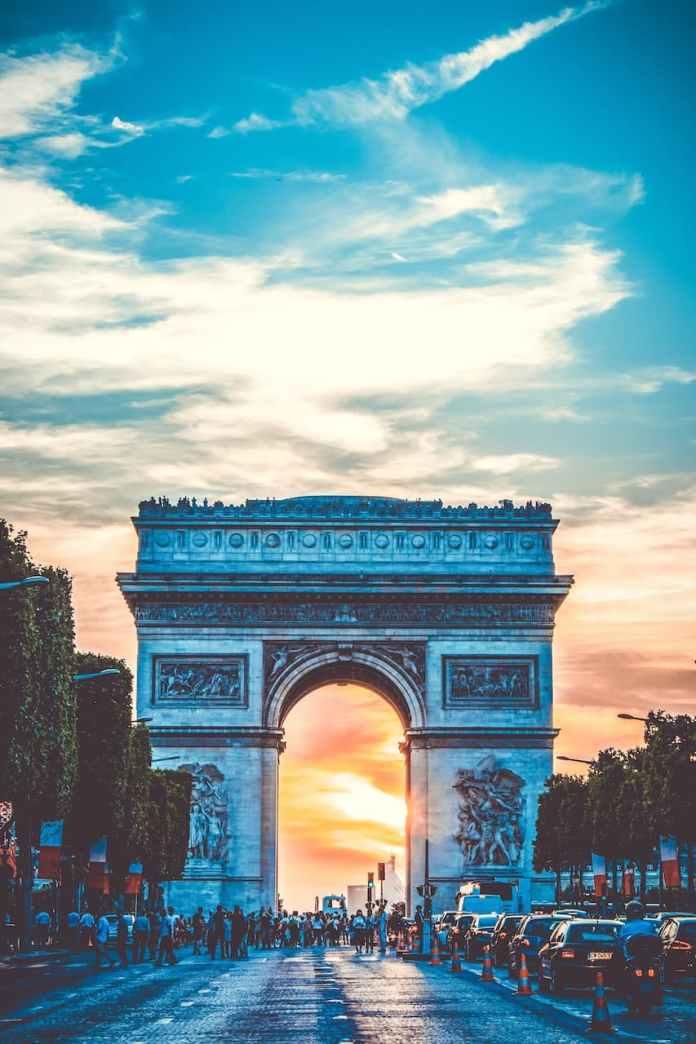 Champs-Élysées e Arco di Trionfo