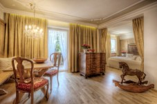 LHW_La Perla_Romantik Room