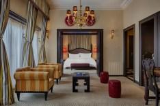 Presidential_Suite_living_room
