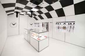 Braccialini Store Firenze by Emenuele Svetti